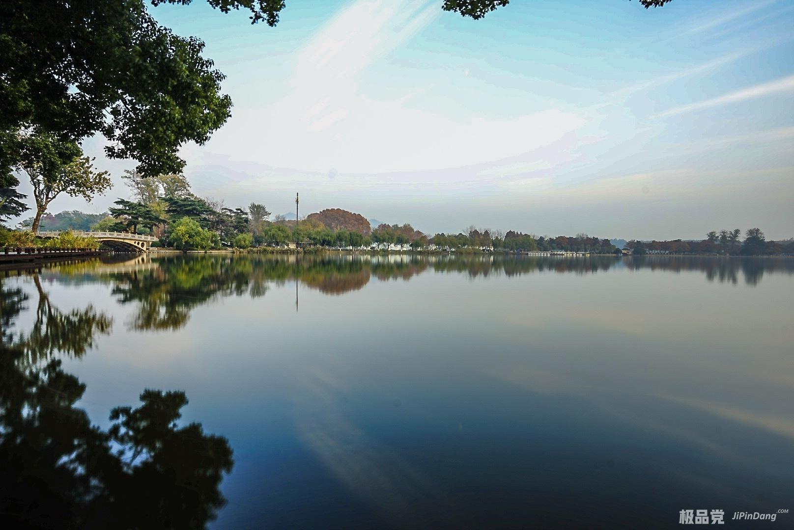 南京玄武湖公园一景-极品党